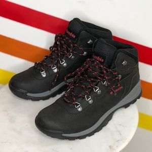 NEW Columbia hiking boots